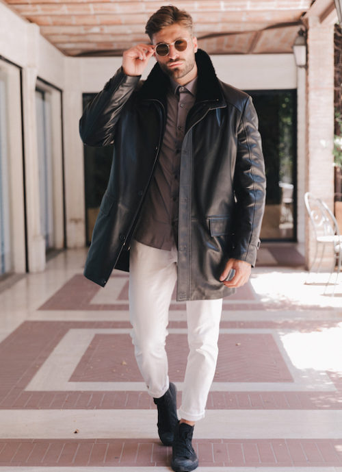 Bond, Black lambskin man coat with black Mink fur and Cashemere collar detachable.