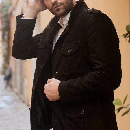 Reporter black coat